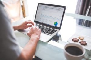 marketing et statistiques de performance sur un ordinateur